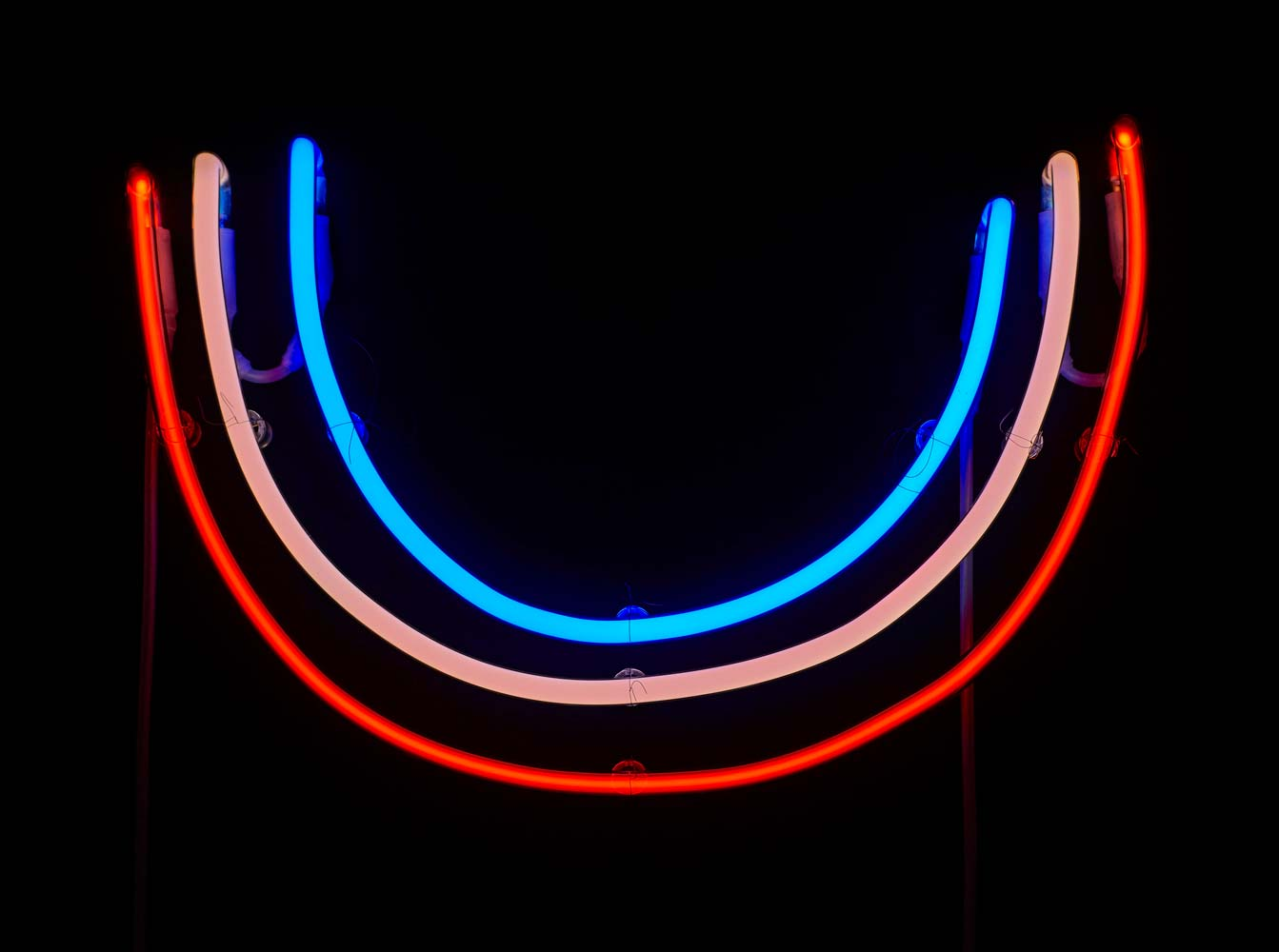 Grit Richter neon sculpture